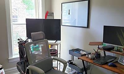 Living Room, 2200 W Cortez St 1F, 2