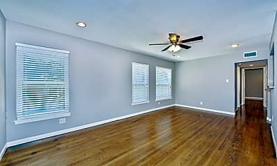 Living Room, 1024 W Woodlawn Ave 1, 0