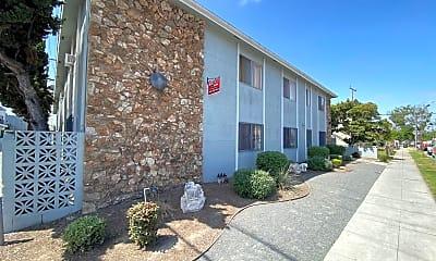 Building, 240 E Burnett St, 0