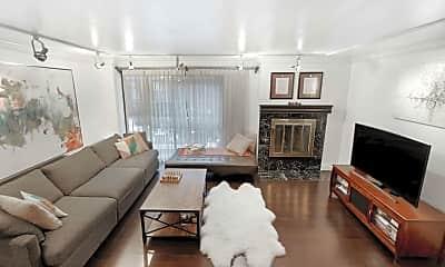 Living Room, 7 E 35th St 6-G, 1