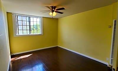 Bedroom, 741 S 3rd St, 1