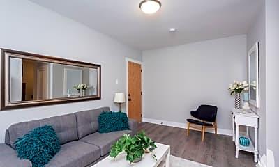 Living Room, 427 W Belden Ave, 0
