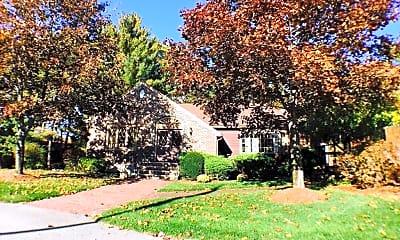 Building, 3 Scotty Hollow Dr C, 2
