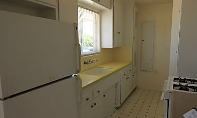 Kitchen, 4440 Mentone St, 1