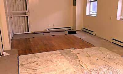 Living Room, 31-41 12th St, 1