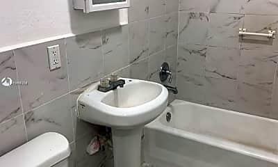 Bathroom, 8411 NE Miami Ct 1, 1