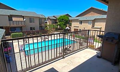 Pool, 12750 Laurel St, 2
