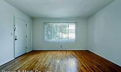 Living Room, 10900 Santa Monica Blvd, 1