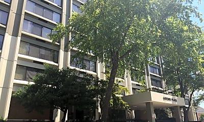 Gateway Plaza, 0