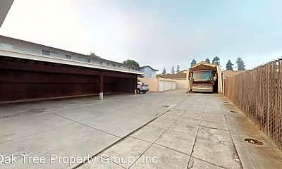 Building, 2130 Santa Clara Ave, 2