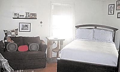Bedroom, 154 Atlantic St, 1