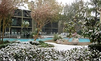 Eagle Hollow Apartments, 2