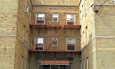 Building, 625 Elm, 1