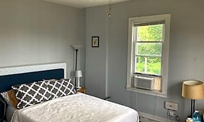 Bedroom, 1300 Center St, 1