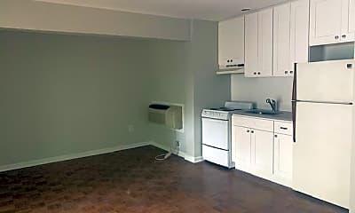 Kitchen, 130 Madison St 4, 2