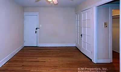 Bedroom, 514 W Cornelia Ave, 0