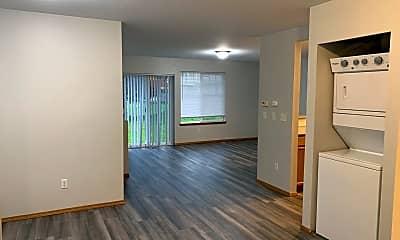 Living Room, 2846 VERONA ST, 1