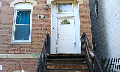 2008 W Warren Blvd, 1