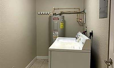 Bathroom, 7172 Southgate Blvd, 2