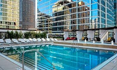 Pool, 71 W Hubbard St 5002, 1