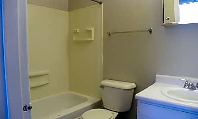 Bathroom, 1465 Meadowview Dr, 2