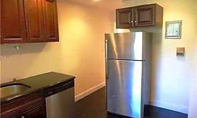Kitchen, 14 Beach Rd 3B, 1