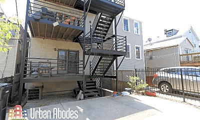Patio / Deck, 1230 W Huron St, 2