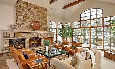 Living Room, 211 Pine Crest Dr, 0