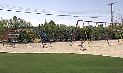 Playground, Commons on Stella, 2