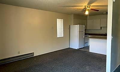 Living Room, 304 S 100 W, 1