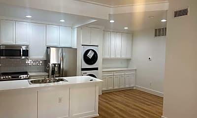 Kitchen, 921 Marine Drive #121, 1