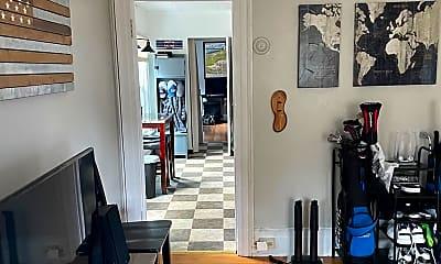 Living Room, 77 Rutgers St, 2