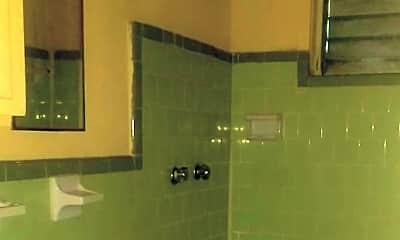 Bathroom, 6910 Del Rio St, 2