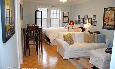 Bedroom, 1260 N Dearborn St, 1