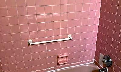 Bathroom, 1199 E Singer Cir, 2