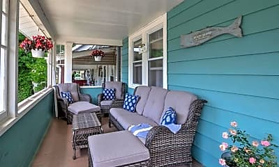 Patio / Deck, 604 12th Ave, 1