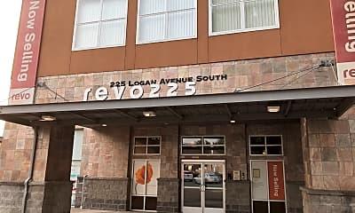 Revo 225 Apartments, 1