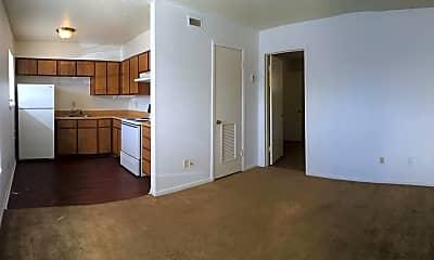 Kitchen, 3107 Atkinson Ave Apt 104, 2