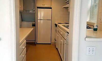Kitchen, 1701 N St, 2