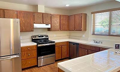 Kitchen, 336 Cayuga St, 1
