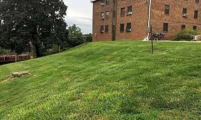 King Terrace, 2