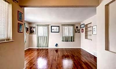 Living Room, 2365 Quebec St, 1