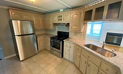 Kitchen, 7604 Eagle Run Rd, 2