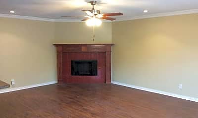 Living Room, 505 S Willow St, 1