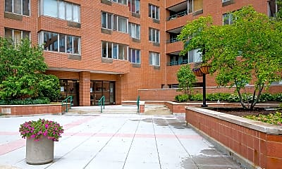 Building, 801 S Plymouth Ct 512, 0