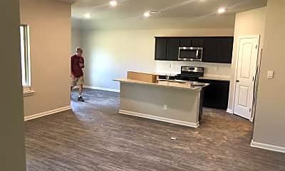 Living Room, 44081 Covington Ridge Dr, 1