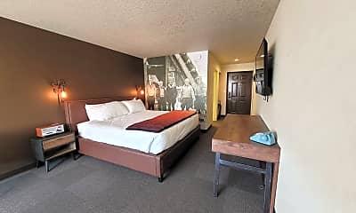 Living Room, 721 NE 3rd St, 1
