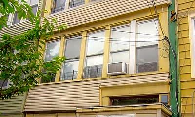Building, 107 Oak St 1, 0