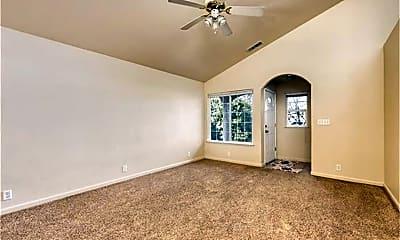 Living Room, 1020 Windsor Way, 2