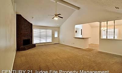 Living Room, 123 Boulder Creek Dr, 1